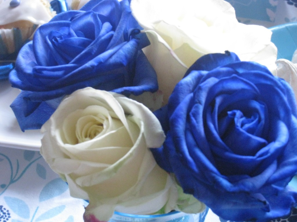 Roses bleues : décoration de table