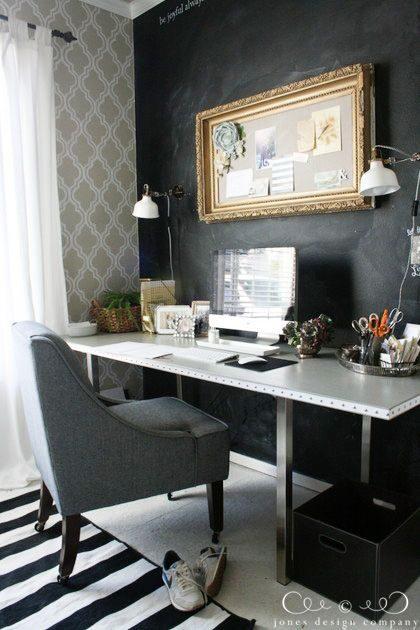 comment organiser le dessus de son bureau avec un plateau. Black Bedroom Furniture Sets. Home Design Ideas