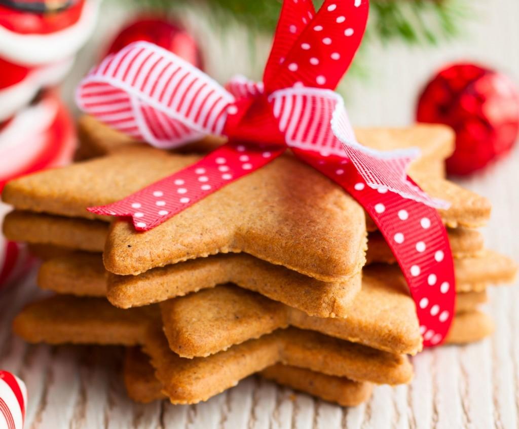 la-recette-des-biscuits-aux-epices-de-noel-en-video - Copie