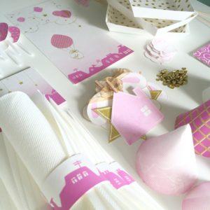Table rose et dorée